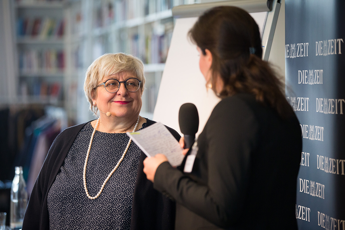 In der Exzellenz Beratung profitieren Sie von Expertenwissen – empfohlen von Sabine Asgodom.
